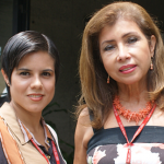 Izq: Gloria Baena; der: Carmen Peña